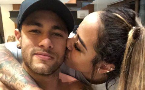 Senzationala sora a lui Neymar! Cei doi au tatuaje unul cu celalalt, iar fanii spun ca sunt  cam dubioase