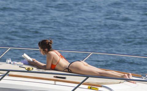 Selena Gomez, plinuta si cu celulita. Cum au surprins-o fotografii, imediat dupa despartirea de Bieber