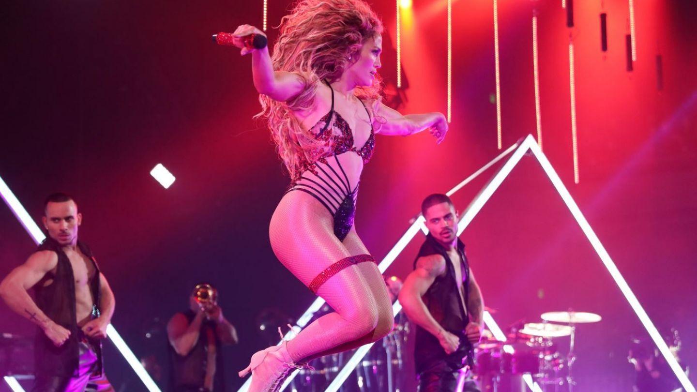 Jennifer Lopez a dezvaluit elixirul tineretii! Ce bea in fiecare zi ca sa arate perfect la 48 de ani