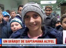 Proiectul social al unor studenti din Bacau: 40 de copii sarmani dusi la muzeu si cinema