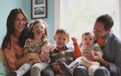Au folosit poza unei fetite, pentru a promova intreruperile de sarcina, iar parintii micutei au reactionat