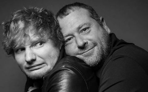 Ed Sheeran are cel mai simpatic bodyguard. Imagini pe care le posteaza pe internet il fac celebru