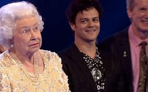 Printul Charles i-a spus  mami  Reginei Elisabeta a II-a, iar reactia ei face furori pe internet