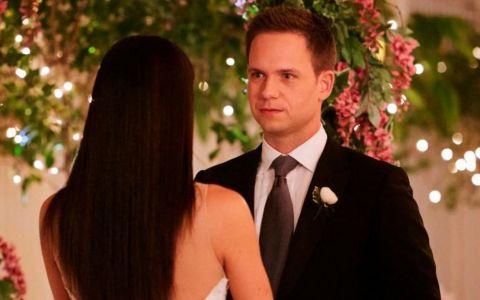 Meghan Markle a parasit serialul  Suits  cu o nunta! Cum arata in rochie de mireasa