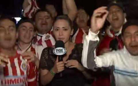 O reporterita a luat dreptatea in propriile maini, dupa ce un suporter a atins-o intr-un mod indecent