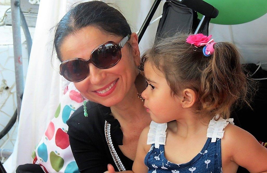 Actrita care a facut 23 de fertilizari în vitro: bdquo;Cariera mea s-a relansat dupa ce am devenit mama