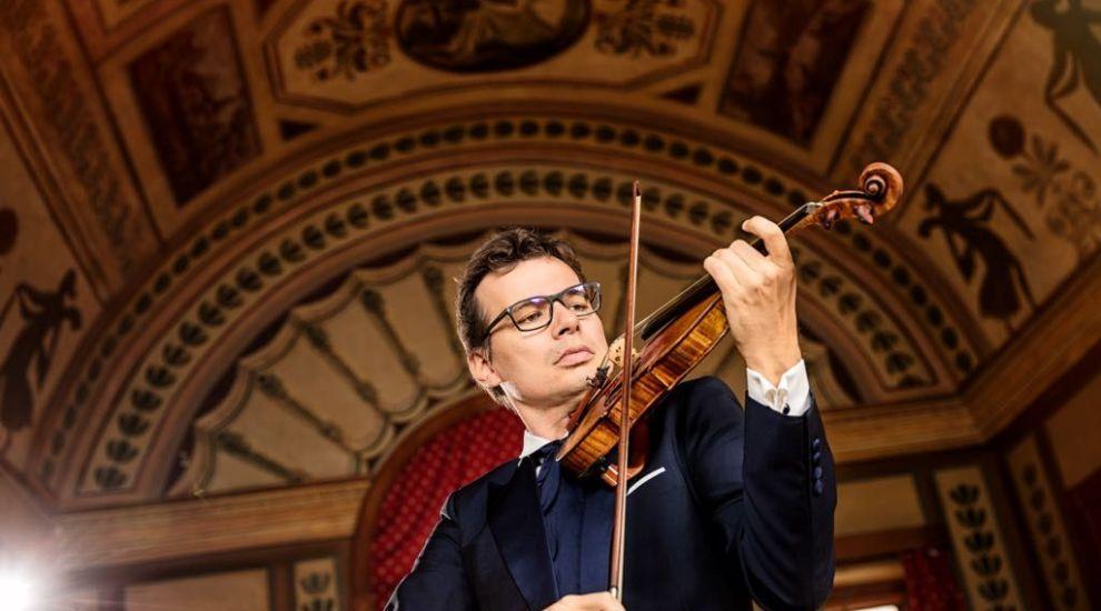 Alexandru Tomescu este invitat special in marea finala Romanii au talent!