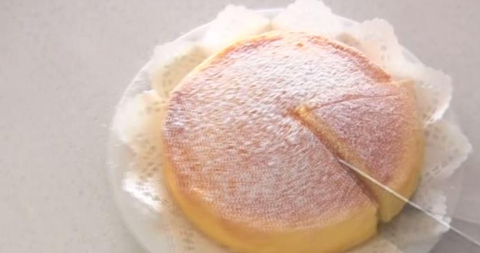 Cum sa faci un cheesecake din doar 3 ingrediente: reteta care a facut milioane de afisari pe Youtube