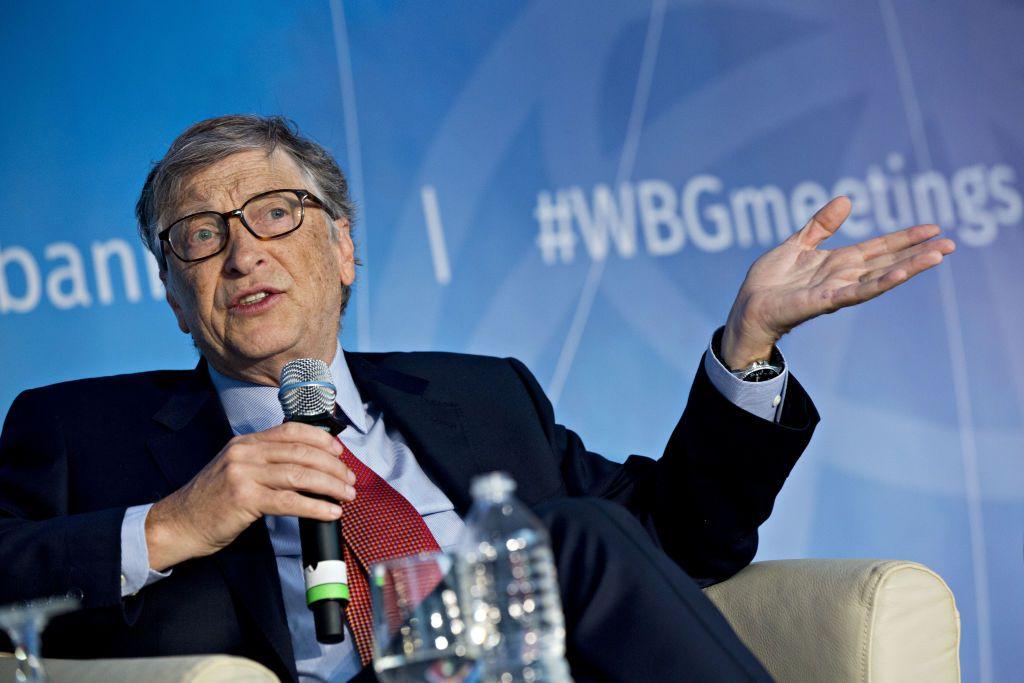 Bill Gates nu mai este cel mai bogat om din lume! Cine este miliardarul care i-a luat locul