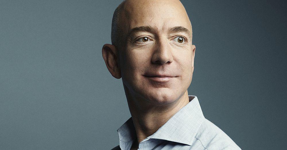 Cum arata sotia lui Jeff Bezos. Una dintre rarele sale aparitii publice, surprinsa de fotografii de la eveniment