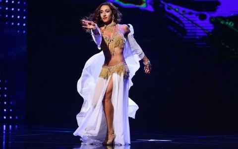 Natalia Duminica, invitata sa danseze la nunta fiului unui politician