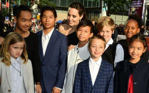 Angelina Jolie, bdquo;o mamă care își distruge copiii . Dezvăluirile fostei ei bone, considerate șocante