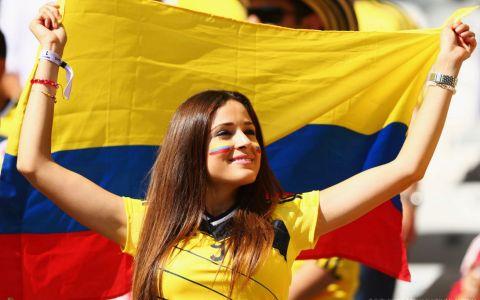 Cele mai hot surori de fotbaliști. Cum arată femeile care au aprins imaginația tuturor microbiștilor
