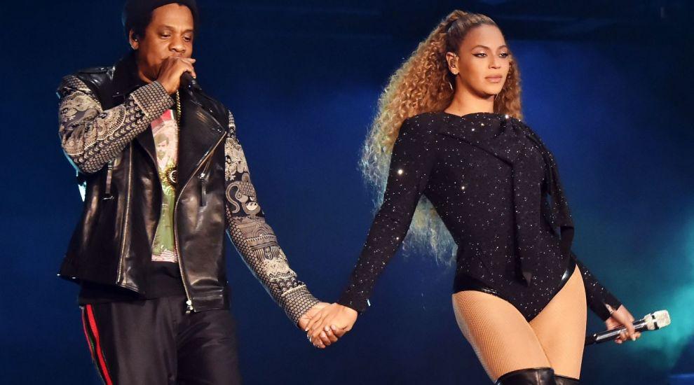 VIDEO Fanii lui Beyonce în delir după ce artista i-a lăsat să creadă că e însărcinată cu cel de-al 4-lea copil