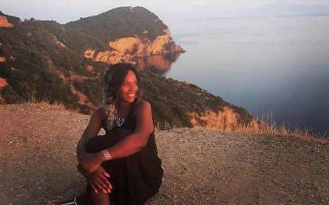 Julie Mayaya, obligată să-și prelungească vacanța: bdquo;Am cheltuit ultimii bănuți pe o amendă