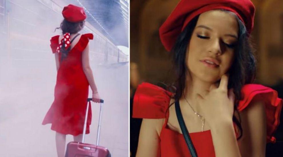 Cleopatra Stratan cucerește topurile muzicale româneşti. Tânăra se bucură de un succes spectaculos