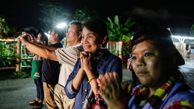 Operaţiunea de salvare a celor 12 copii blocați în peştera thailandeză, subiect de film. Dar cine îl va face primul?