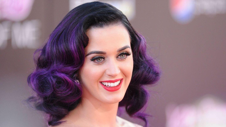 Katy Perry a uimit pe toată lumea cu apariția ei recentă. Cum a fost surprinsă artista într-un mall din Australia