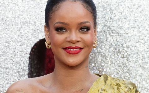 Rihanna a întregistrat aproximativ 500 de melodii pentru cele două albume pe care le va lansa