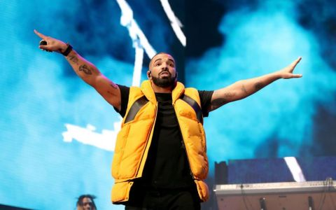 Apariția inedită a lui Drake în noul său videoclip. Pe ce a cheltuit o avere?