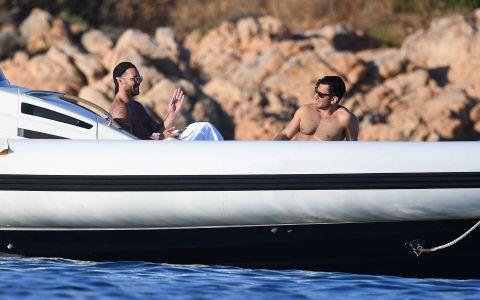 Ricky Martin mai sexy ca niciodată! În ce ipostaze a fost surprins alături de soțul său