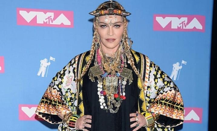 Madonna: 5 cele mai controversate momente din istoria MTV VMA
