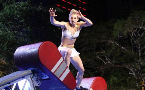 Femeia Fantastică a show-ului American Ninja Warrior le ține pumnii românilor: bdquo;Asta e șansa voastră