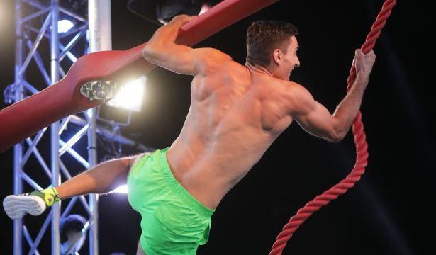 Un luptător SIAS intră în cea mai dificilă cursă cu obstacole din lume! Duminică, ora 20:00, la PRO TV!