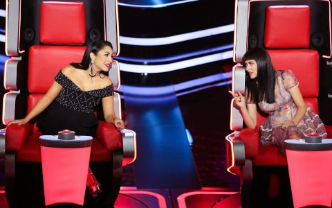 Cat fight mâine la Vocea României! Andra și Irina luptă cu toate armele pentru un concurent!
