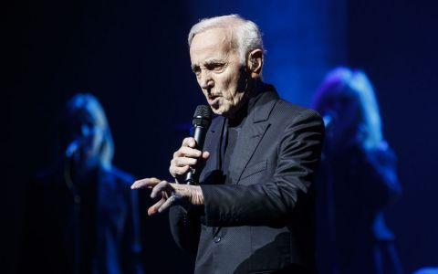 Charles Aznavour a murit. Cel supranumit  Frank Sinatra al Franței  s-a stins la 94 de ani