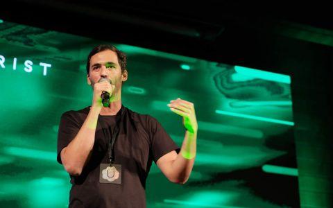Jason Silva, vlogger-ul filosof devenit un nou model de idol?