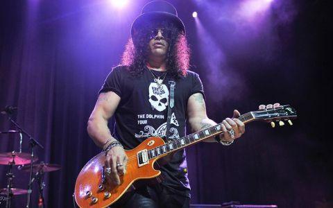 Slash: Guns N  Roses ar putea lansa un ultim album