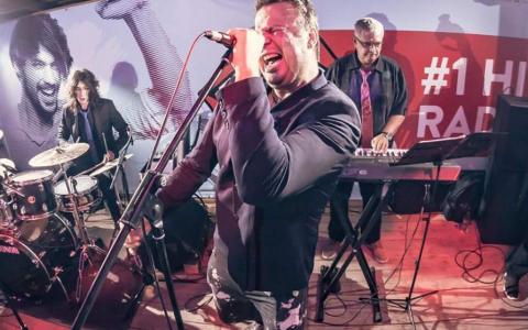 VIDEO Trupa  Spitalul de Urgență  se pregătește de un concert aniversar, la București