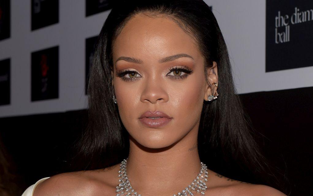 Rihanna, dată în judecată. Ce riscă și care e motivul