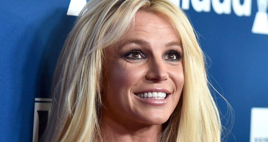 Britney Spears, apariție neinspirată într-un concert. Ce ținută a avut pe scenă