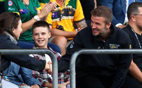 David Beckham, bdquo;aspirator  de femei în Australia cu noua frizură. Care e noul său look