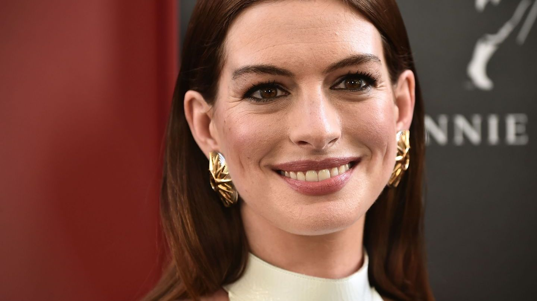 Miss Ecuador, asemănare izbitoare cu actrița Anne Hathaway. Imaginile au devenit virale