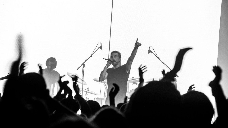 VIȚA DE VIE a lansat  Șase (-) , cea de-a doua parte a albumului Șase/Șase
