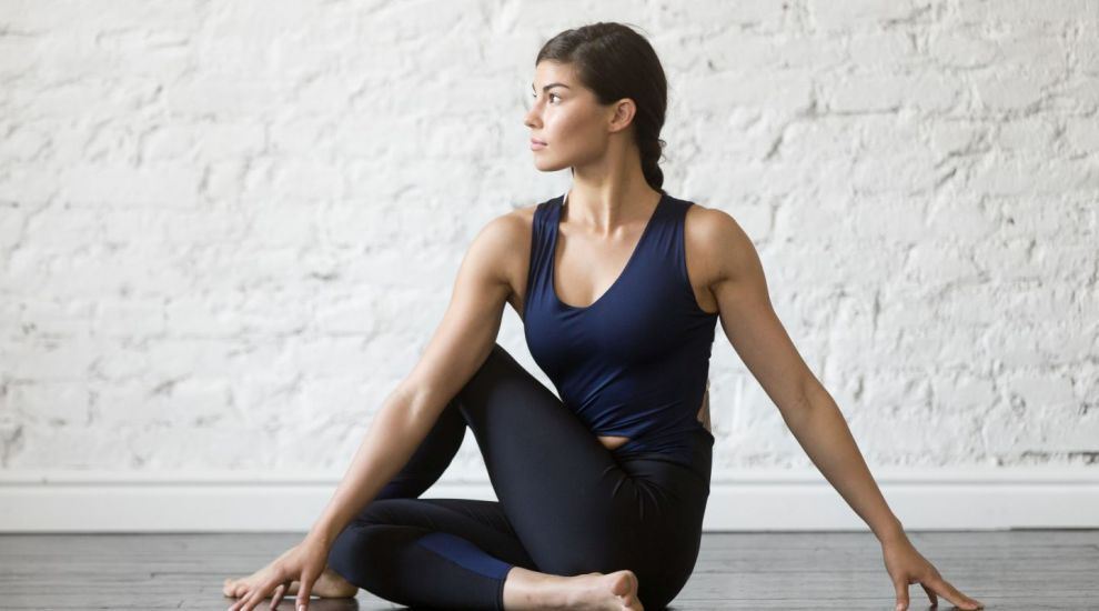 VIDEO Yoga cu ajutorul Trx-ului