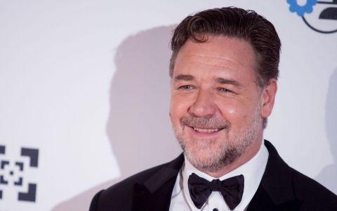 Russell Crowe, transformare incredibilă de look pentru noul rol. Este de nerecunoscut