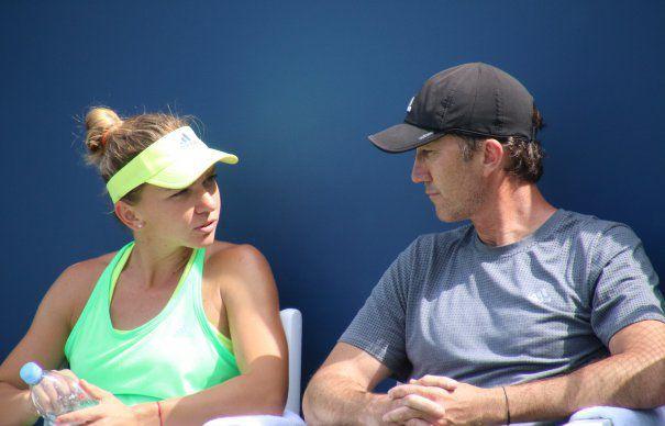 Cât a câștigat Simona Halep pe minut cât timp l-a avut antrenor pe Darren Cahill. Suma e impresionantă
