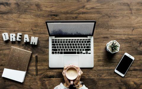 Black Friday 2018: 5 laptopuri pe care le poți achiziționa sub 1000 de lei