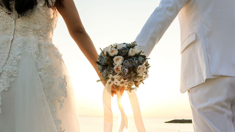 VIDEO Târg pentru mirese. Cât va dura cel mai mare târg de nunți?