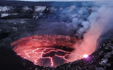 YODA.RO: Un supervulcan se trezește la viață! Când va avea loc o nouă erupție