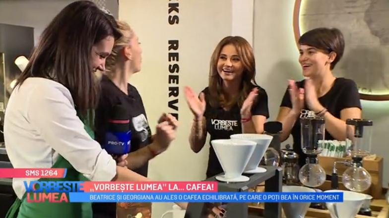 """VIDEO Fetele de la """"Vorbește Lumea"""" au învățat să facă mai multe tipuri de cafea"""