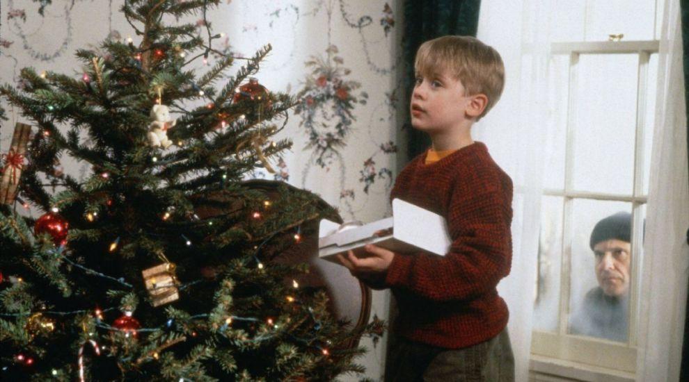 """5 filme pe care poți să le urmărești de Crăciun după ce ai văzut """"Singur acasă"""" la PRO TV"""