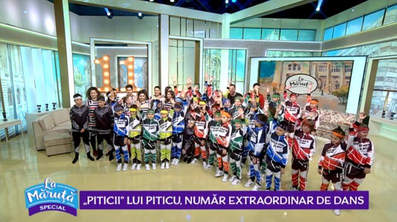 """VIDEO Trupa """"Piticii"""", număr de dans La Măruță"""