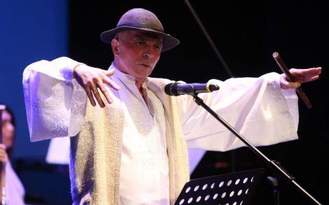 VIDEO Grigore Leșe a plecat de pe scenă în timpul unui concert susținut la Târgu Lăpuș: Poa rsquo; să vină și Christos