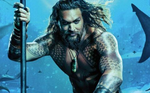 Aquaman , cadoul Warner Bros. pentru fanii lui Jason Momoa. Când apare în cinematografele din România