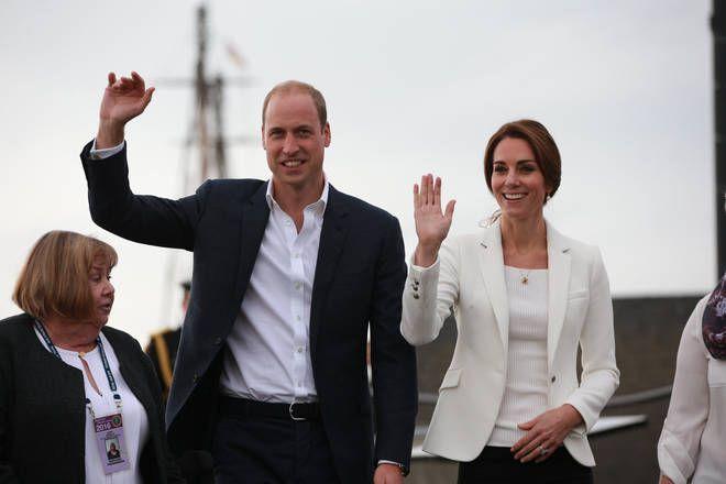 Totul a ieșit la iveală. De ce nu i-a permis Regina Prințului William să se însoare cu Kate Middleton